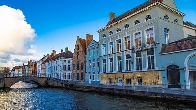 These are the best cities in Europe for canals