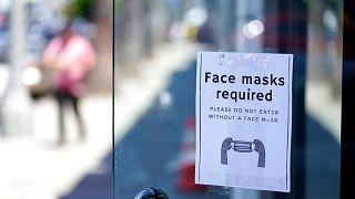 ماسک زدن در مکانهای بسته