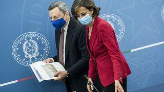 La Ministra della giustizia Marta Cartabia con il premier Mario Draghi