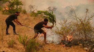 El fuego arrasa Antalya