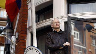 Julian Assange en la embajada de Ecuador en Londres en marzo de 2019