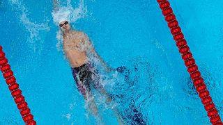 يفغيني ريلوف يسبح في نهائي 200 متر ظهر رجال في دورة الألعاب الأولمبية الصيفية طوكيو 2020،  الجمعة 30 يوليو 2021