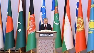 """الرئيس شوكت ميرزيوييف في المؤتمر الدولي بعنوان """"التضامن الإقليمي في وسط وجنوب آسيا: الفرص والتحديات"""""""
