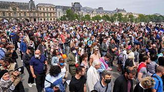 تظاهرات مخالفان استفاده از گواهی بهداشتی در فرانسه