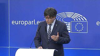 L'ex presidente catalano Carles Puidgemont