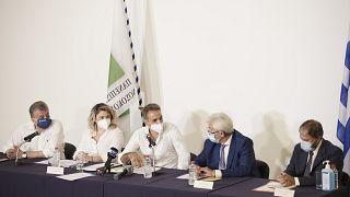 Ο πρωθυπουργός Κυριάκος Μητσοτάκης συμμετείχε σε σύσκεψη με τις διοικήσεις ΠΑΓΝΗ και Βενιζελείου κατά την διάρκεια της επίσκεψης του στο Πανεπιστημιακό Νοσοκομείο Ηρακλείου,