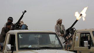 السعودية نيوز |      الحوثيون يعلنون السيطرة على مديريتين في محافظة البيضاء المحاذية لمأرب