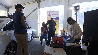Covid-19 : l'Afrique du Sud intensifie sa campagne de vaccination