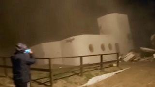 لحظة انهيار المنزل