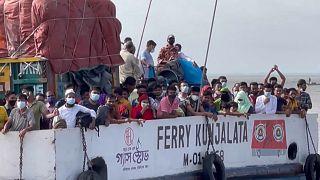 Setor têxtil no Bangladesh volta ao serviço apesar da pandemia