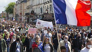 Manifestação em Paris contra novas regras sanitárias