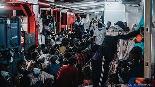 archives : personnes secourues en Méditerranée en juillet 2021 à bord de l'Ocean Viking de l'ONG SOS Méditerranée