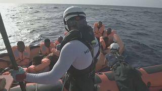 Rescate de migrantes frente a las costas libias