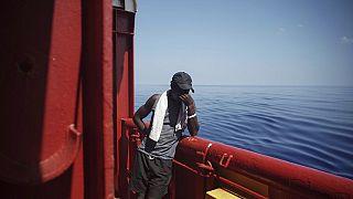 Egyre többen vállalják a veszélyes átkelést Európába Líbia felől