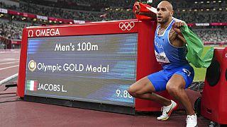 Ο χρυσός Ολυμπιονίκης στα 100μ. Ιταλός Μάρσελ Τζέικομπς