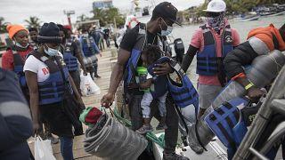 La llegada de migrantes a Necoclí y Capurganá no es nueva. Antes lo hacían por Turbo y Acandí, dos pueblos cercanos, pero desde hace unos años esta ruta es prioritaria.
