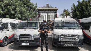 Tunisie : inquiétudes après l'arrestation de députés critiques de Kais Saied
