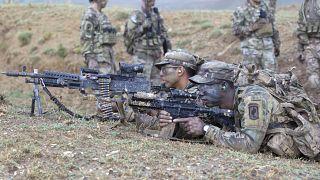 Американские и грузинские военные на учениях