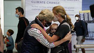Emotionale Szenen am Flughafen Heathrow