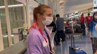 La atleta bielorrusa en el aeropuerto de Tokio