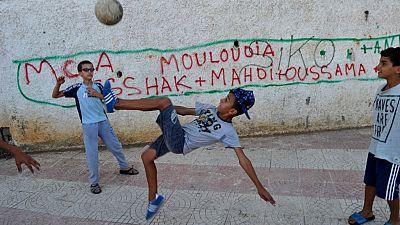 Algérie : les supporters du Mouloudia mobilisés contre la Covid-19