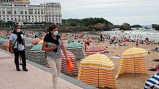 Fransa'da turistik bir sahil