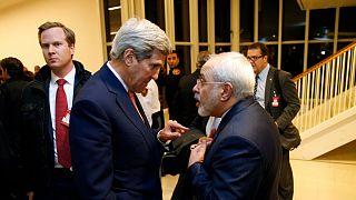 چند زندانی ایرانی و آمریکایی در پی مذاکرات محمد جواد ظریف و جان کری، وزاری خارجه وقت دو کشور مبادله شدند