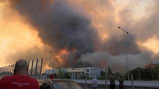 Огонь подступает к Афинам