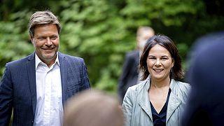 Grünen-Politiker Robert Habeck und Annalena Baerbock in Brandenburg