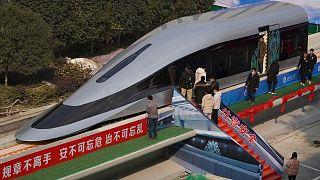 ماکت یکی از قطارهای پرسرعت چین