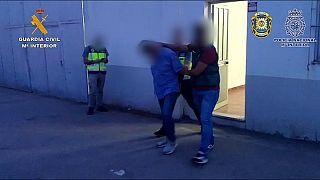İspanyol Sivil Muhafızları tarafından yayınlanan uyuşturucu operasyonu görüntüsü