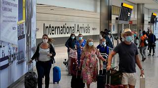İngiltere'nin başkenti Londra'daki Heathrow Havaalanı'nın dış hatlar geliş kısmı