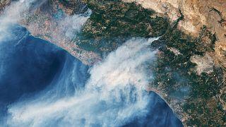 Manavgat'taki orman yangınının NASA'ya ait Landsat 8 uydusundan uzaydan çekilen görüntüsü