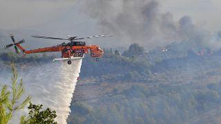 Греция: лесные пожары подступили к Древней Олимпии