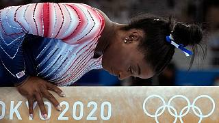 سیمون بایلز ژیمناست سرشناس آمریکایی که به دلیل مشکلات روحی و روانی از چندین مسابقه المپیک توکیو انصراف داد