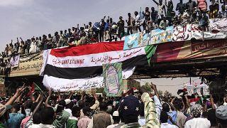 جانب من الاحتجاجات التي شهدها السودان قبل عامين والتي على إثرها تم إزاحة الرئيس عمر حسن البشير عن سدّة الرئاسة