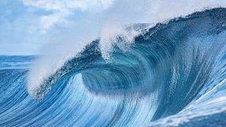 Artan sera gazı emisyonları nedeniyle atmosfer ısındıkça, okyanus yüzeyinin altındaki katmanlar daha fazla ısı tutuyor ve akımların oluşmasına neden olan dengeyi bozuyor