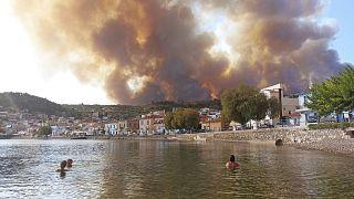 آتشسوزی در شمال آتن
