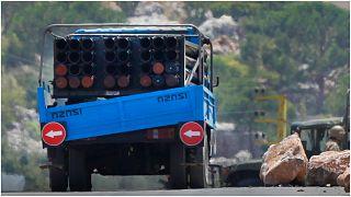 قاذفة صواريخ مثبتة على شاحنة صغيرة استخدمها حزب الله اللبناني لإطلاق صواريخ على إسرائيل، وقد شوهدت الشاحنة في قرية شوايا جنوب شرق البلاد