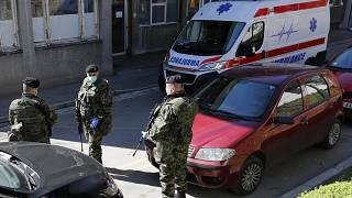 Egy szerbiai kórház bejárata (illusztráció)