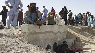 Afghanistan : deux capitales régionales aux mains des talibans
