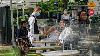 مطعم في باريس