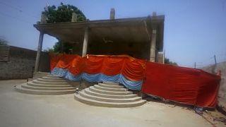 Pakistan'da saldırıya uğrayan Hindu tapınağı