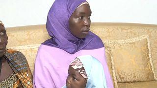 Von Boko Haam Entführte mit Mutter und Kind