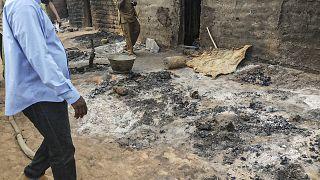 قرية دوغون في سوبان-كو ، بالقرب من سانغا، بعد هجوم أسفر عن مقتل أكثر من 100 من عرقية دوغون مساء 9 يونيو 2019.