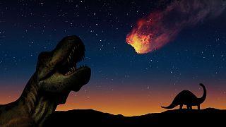 اصابت سیارک به کره زمین و انقراض دایناسورها