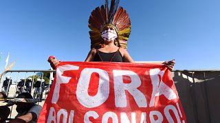 Feljelentették népirtásért Jair Bolsonaro elnököt a brazil őslakosok a hágai bíróság előtt