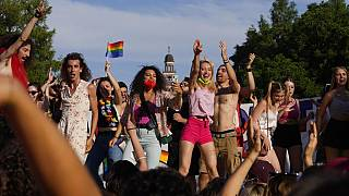Marcha anual del Orgullo, en Milán, Italia, el sábado 26 de junio de 2021