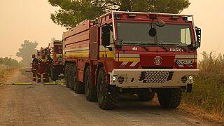 A szlovákiai tűzoltók Évia szigetén, Avgaria faluban 2021. augusztus 10.