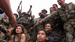 جنود أطفال جبال ولاية سانتاندير في شمال غرب كولومبيا.